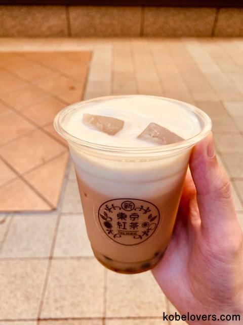 新東京紅茶のタピオカ入りチーズティー